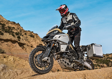 Nuova Ducati Multistrada 1200 Enduro Pro. L'anti Adventure