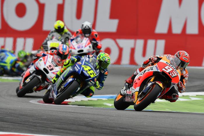 MotoGp, ad Assen la vittoria è di Valentino Rossi