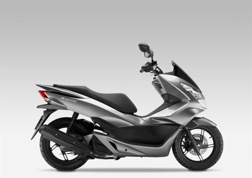 Honda PCX 125 (2014 - 16) (5)