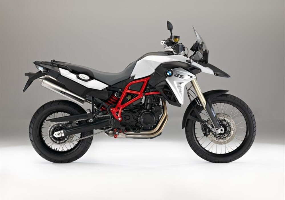bmw f 800 gs 2016 17 prezzo e scheda tecnica. Black Bedroom Furniture Sets. Home Design Ideas