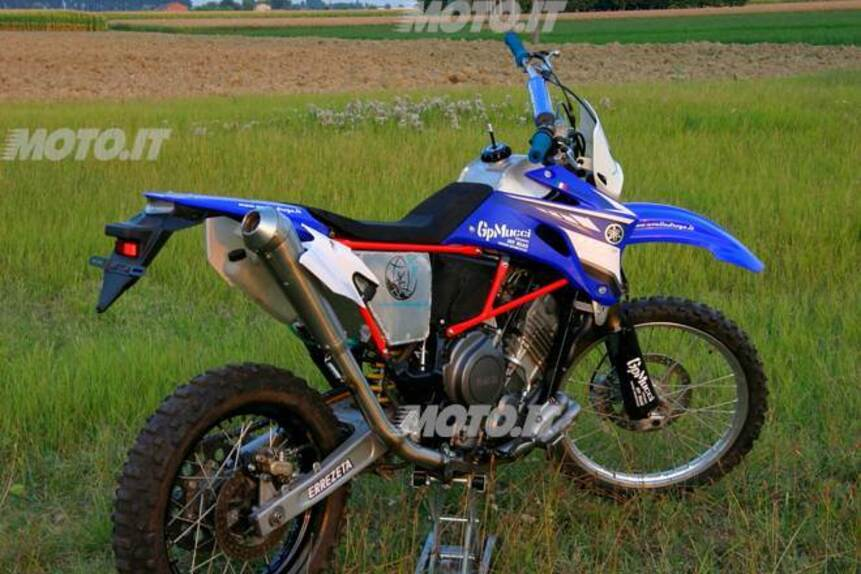 furthermore Le Strane Di Moto It Yamaha Xtz Supertenere 750 Ghepardo moreover 6862861 moreover Yamaha Fs1r also Image280. on yamaha supertenere 750 special