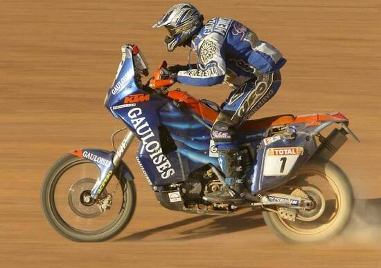 Magia Dakar. Edizione 2002, la seconda volta di Meoni