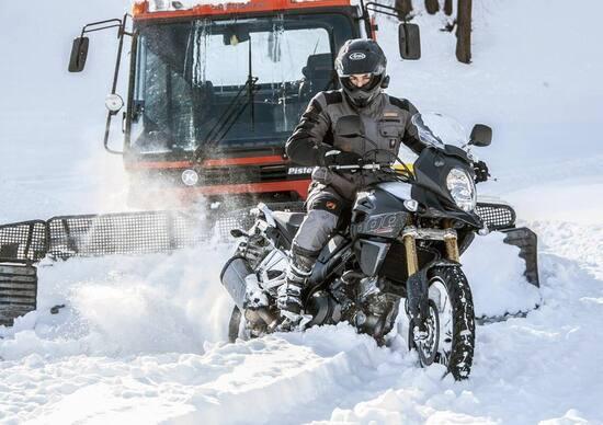 Suzuki V-STROM 650 XT ABS, con allestimento Fun Ride