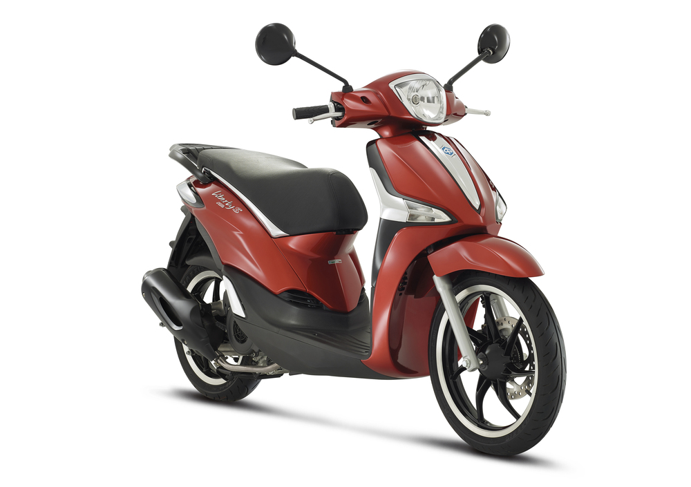 Piaggio Liberty 125 S i-get ABS (2016) (3)