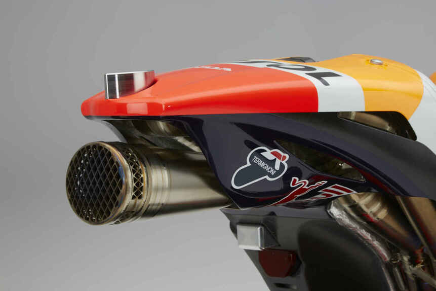 MotoGP. Presentata la nuova Honda RC 213V 2016 (4)