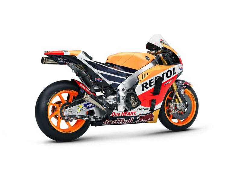 MotoGP. Presentata la nuova Honda RC 213V 2016 (5)