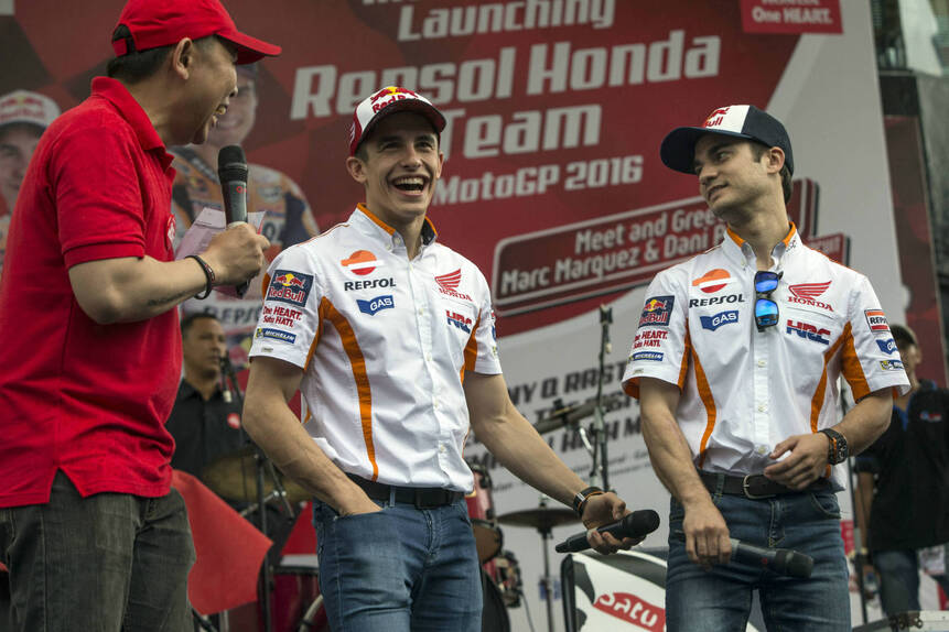 MotoGP. Presentata la nuova Honda RC 213V 2016 (2)