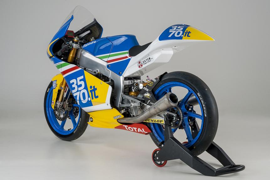 Presentato oggi il 3570 Team Italia Moto3 (5)