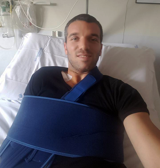 SBK 2016. Alex De Angelis operato al braccio destro