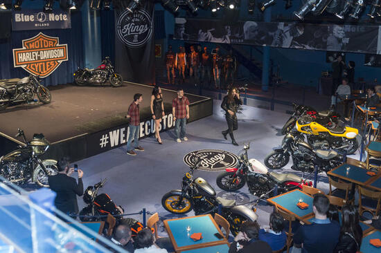 Harley-Davidson e la Dark Custom Night