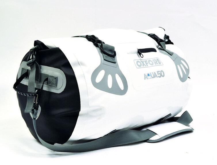Oxford presenta la roll bag Aqua