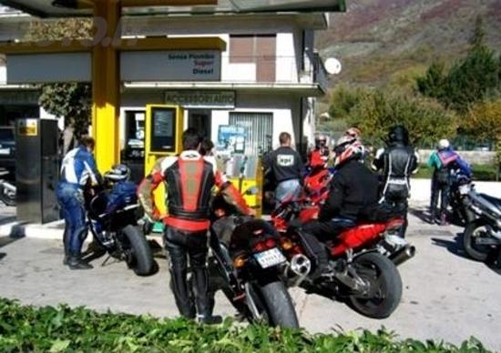 I racconti di Moto.it: Benzina sporca