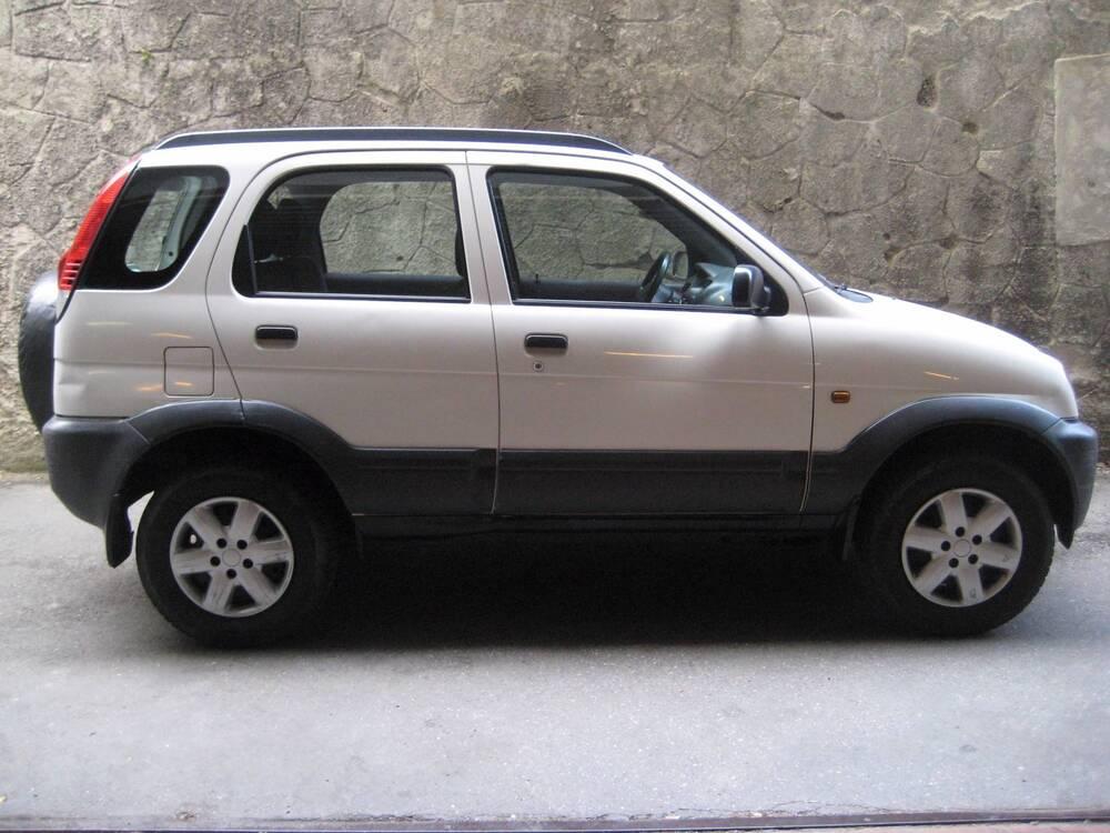 Daihatsu Terios 1.3i 16V cat 4WD CX del 2005 usata a Genova