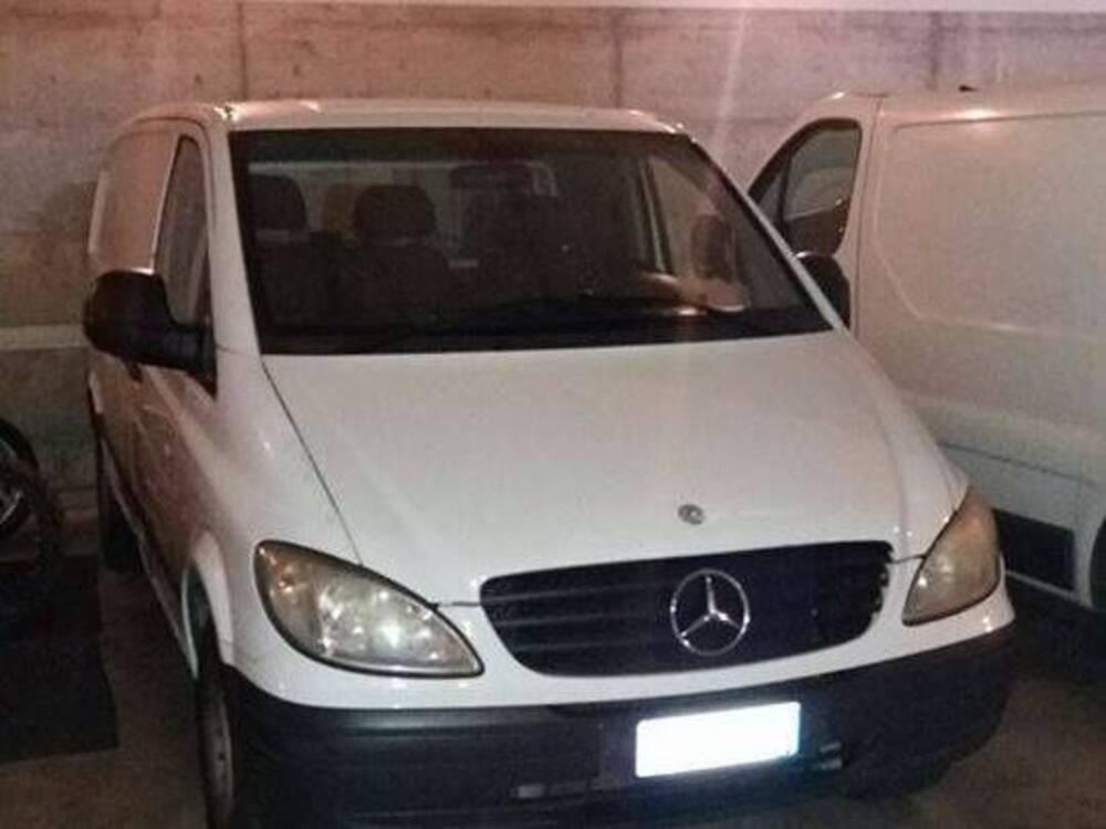Mercedes-Benz Vito 2.2 111 CDI PC Kombi Compact del 2004 usata a Bergamo usata