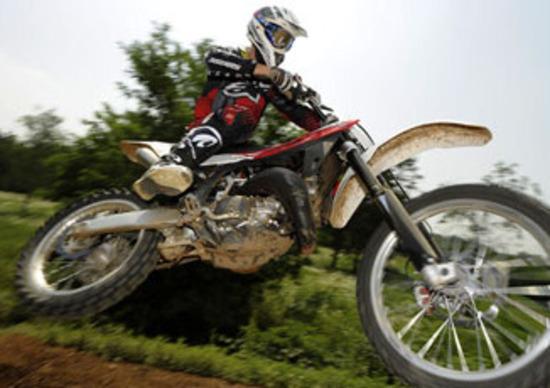 Husqvarna: fino al 30 % di sconto su enduro, motocross e stradali