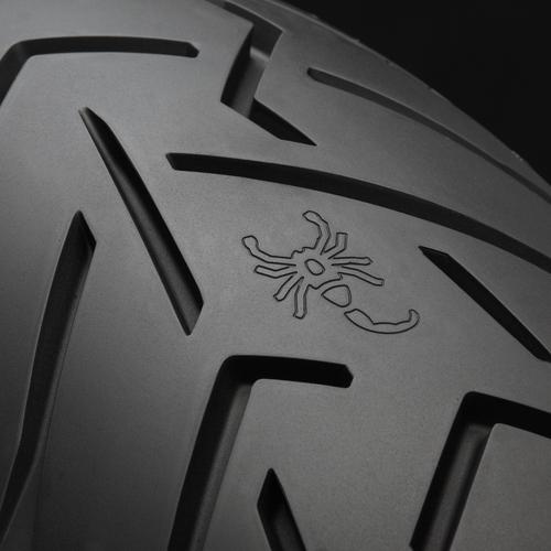 pirelli presenta il nuovo pneumatico enduro street scorpion trail ii accessori. Black Bedroom Furniture Sets. Home Design Ideas