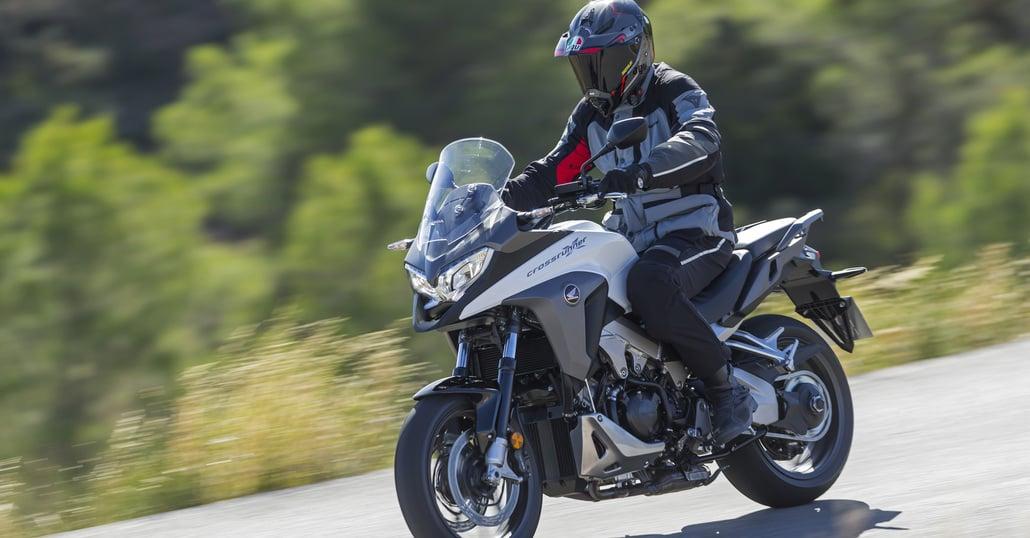 Prova Honda Crossrunner VFR800X 2015 - Prove - Moto.it