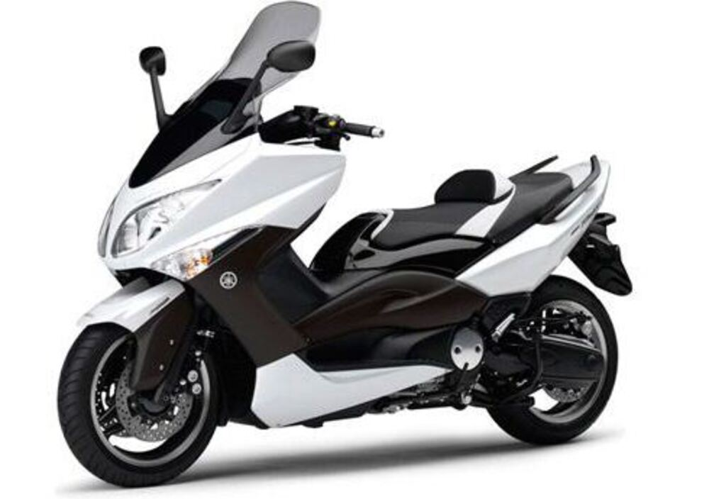 yamaha t max white max 500 2010 11 prezzo e scheda tecnica. Black Bedroom Furniture Sets. Home Design Ideas