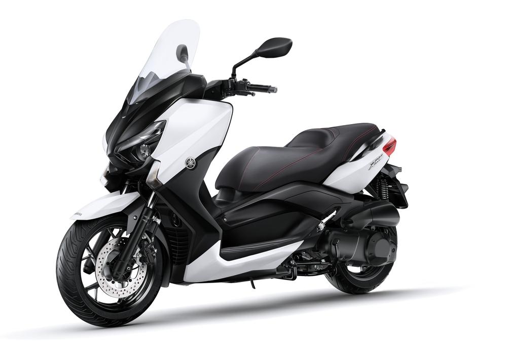 Yamaha X-Max 250 (2014 - 16) (4)