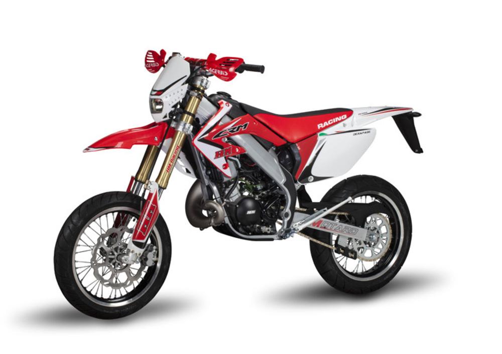 MOTARD 50 hm has members. Ciao ragazzi, ho una moto Custom e sembra che la corona della hm50 sia compatibile con il mozzo.