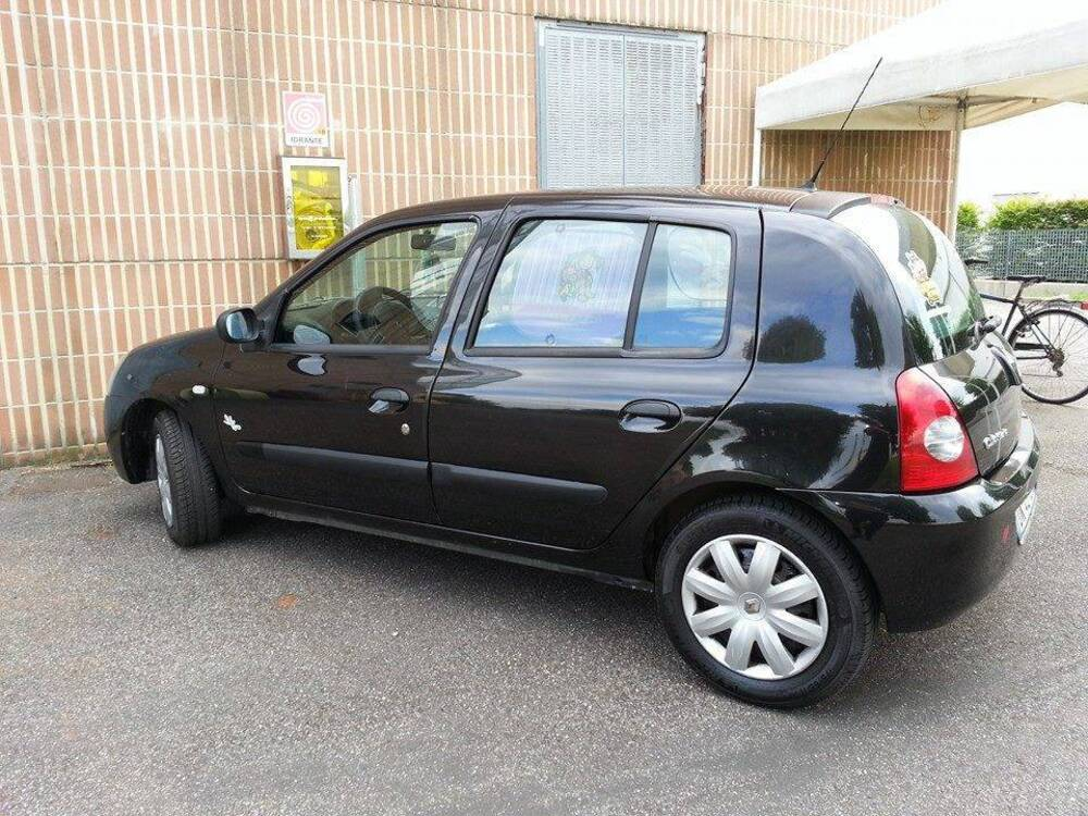 Renault Clio Storia 1.2 5 porte GPL Confort del 2007 usata a Ravenna