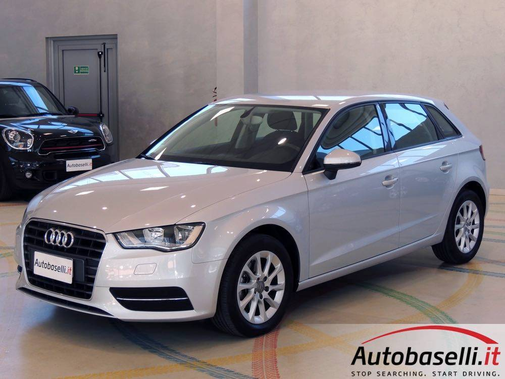 audi a3 sportback 1 6 tdi s tronic ambiente usate. Black Bedroom Furniture Sets. Home Design Ideas