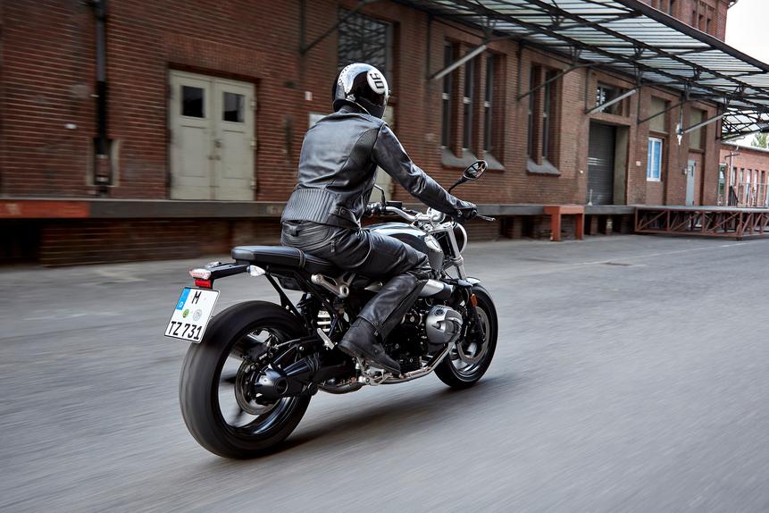 Nuova BMW R nineT Pure a Intermot, foto e dati