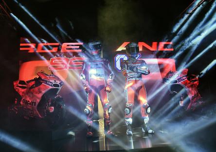 MotoGP. La presentazione del team Ducati 2017 con Lorenzo e Dovizioso