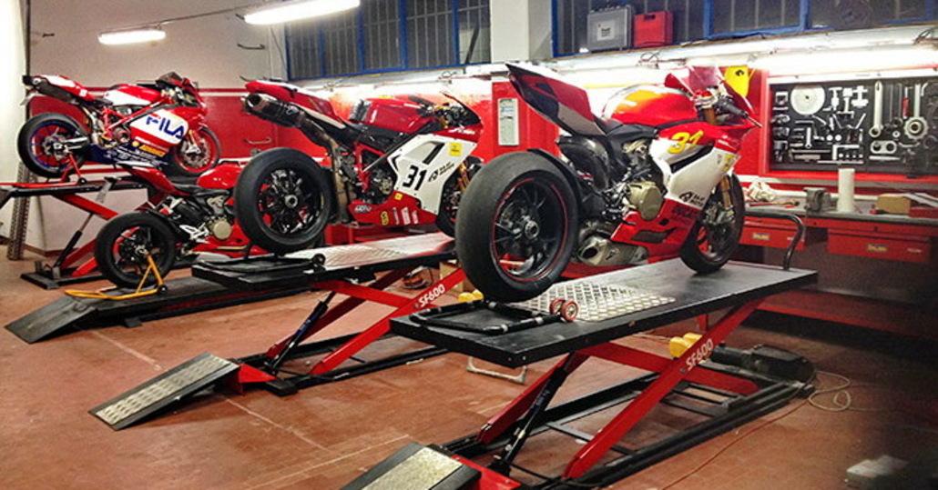Faec attrezzature professionali per officine accessori for Officina moto italia