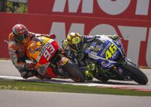 """MotoGP Assen 2015. Rossi: """"Ero davanti"""". Marquez: """"Come se avessi vinto"""""""