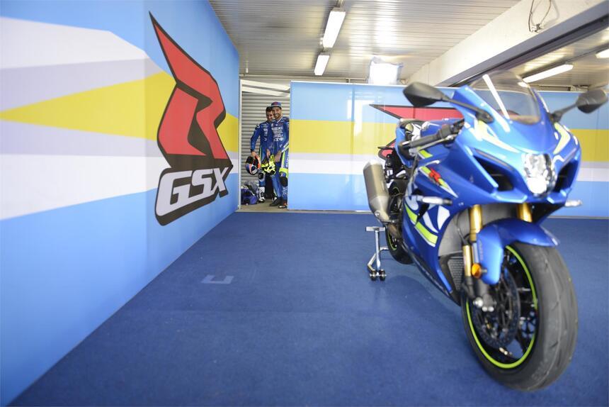 Suzuki GSX-R1000R: Iannone e Rins a Phillip Island [gallery] (2)