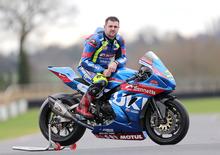 Road Racing: Michael Dunlop passa a Suzuki