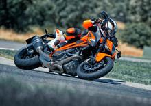 KTM Super Duke 1290 R: richiamo per il serbatoio