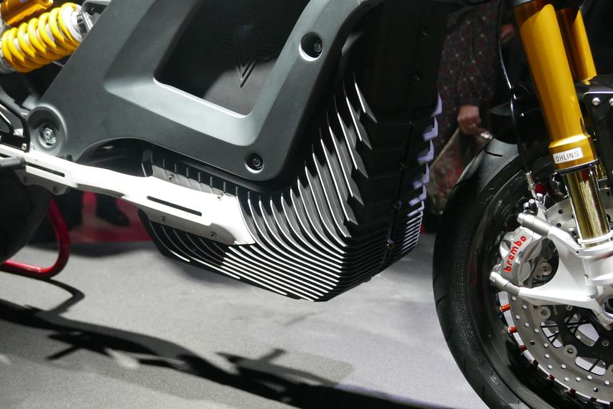 Italian Volt svela Lacama, la moto elettrica sartoriale (4)